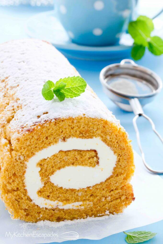 Pumpkin roll cake recipe with cream cheese frosting